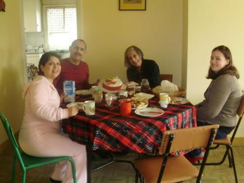 Boxing Day Breakfast with the (adopted) family!